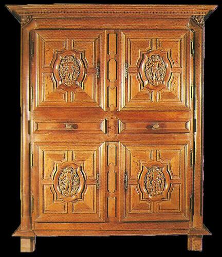 Restauration de meubles atelier bence meubles - Armoire quatre portes ...