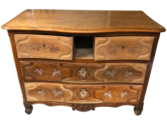 Avant restauration. Commode d'époque Louis XV