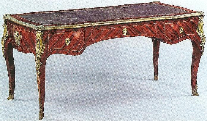 Restauration de meubles atelier bence style louis xv for Meuble bureau louis xv